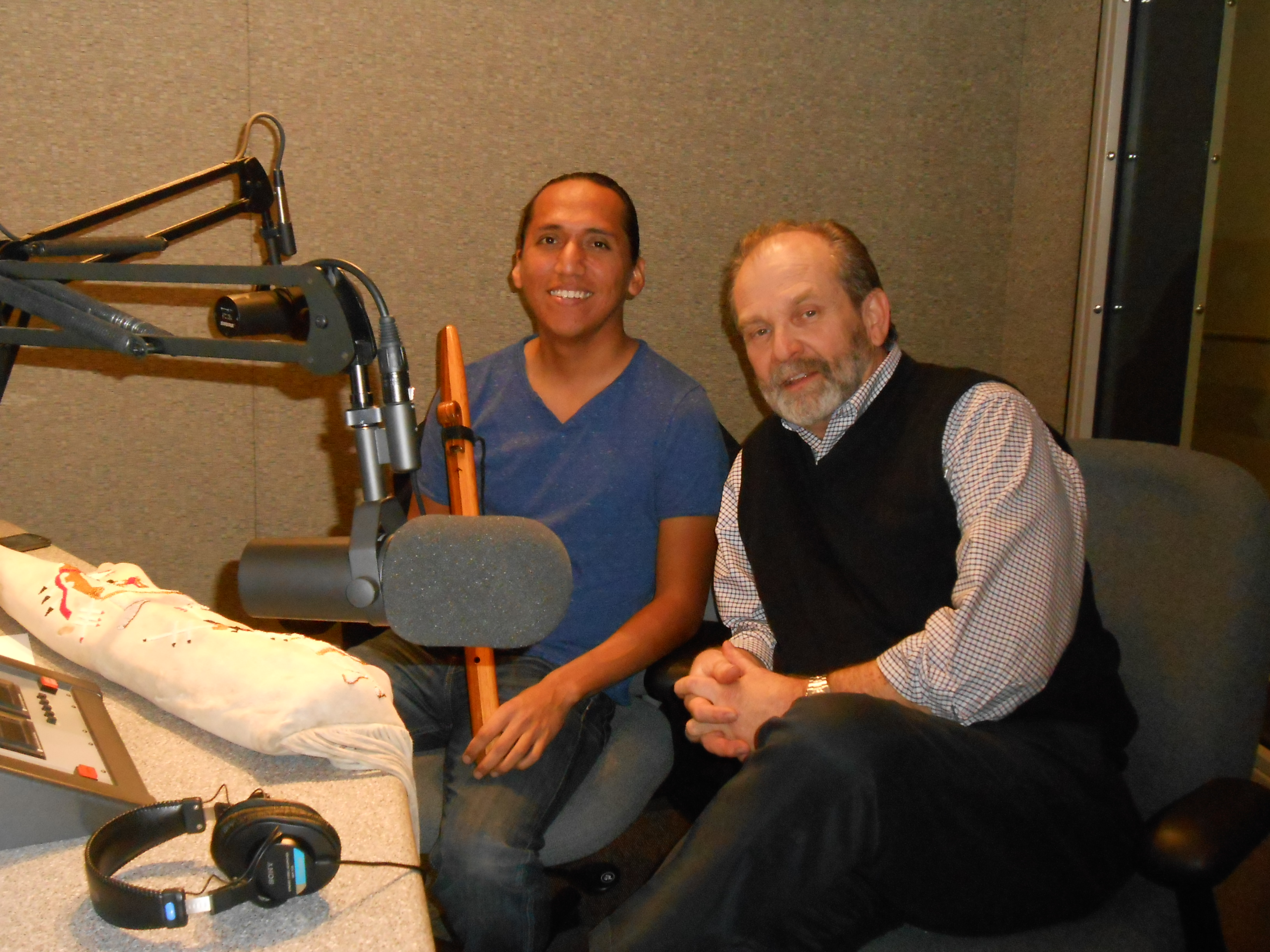 tony chat sites Ben brantley and jesse green, the chief theater critics for the new york times, along with lorne manly, an arts editor, discussed the 2018 tony awards.